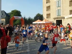 Seit 2007 gehört der Kinderlauf über 1,8 km auf dem Plateau der Festung  zum Programm